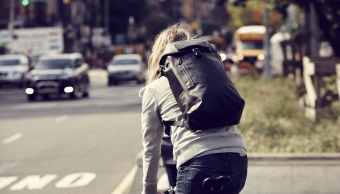Funcionalidade e estilo: a mochila é a nova bolsa da moda